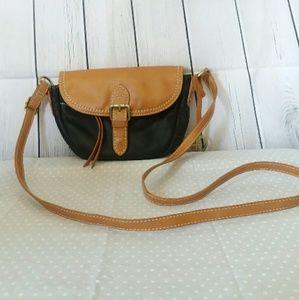 GIANI BERNINI leather crossbody purse